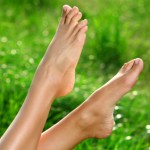 PRETTY FEET – HEALING YOUR CRACKED HEELS