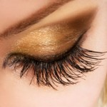 PRO VS FAUX: GORGEOUS LASHES