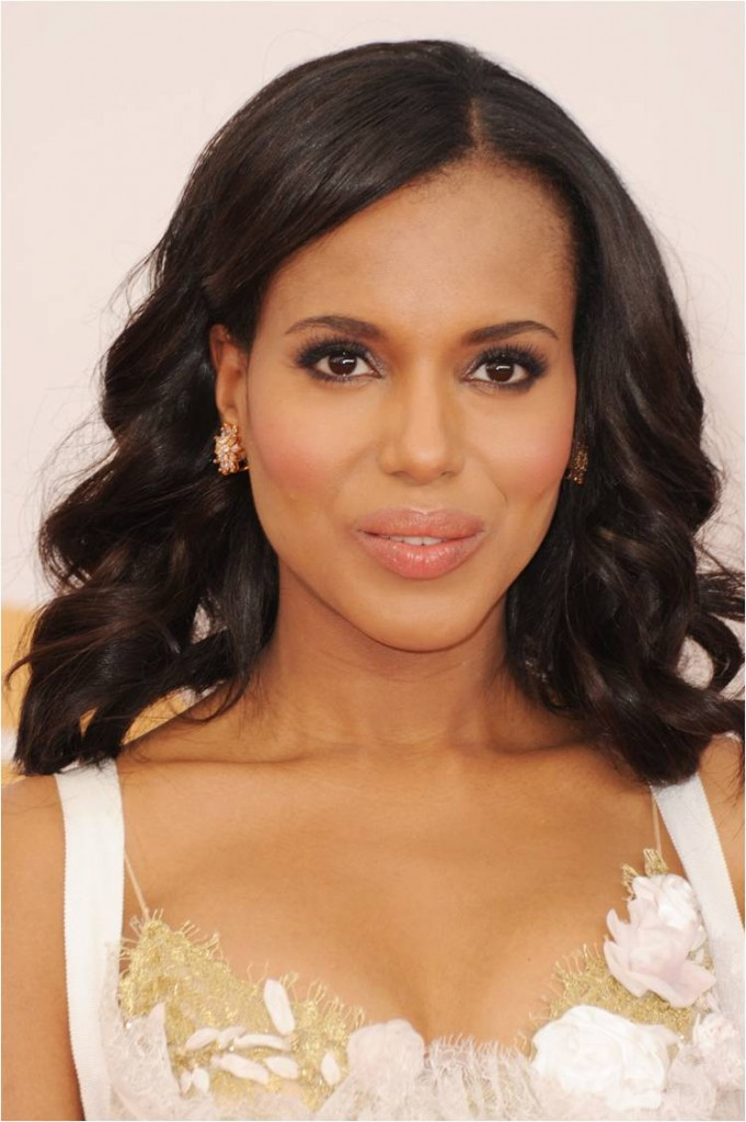 Kerry Washington in Hourglass Cosmetics at 2013 Emmys