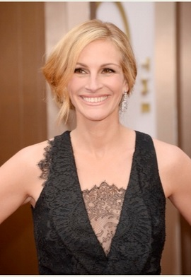 Julia Roberts wears Lancome at Oscars 2014