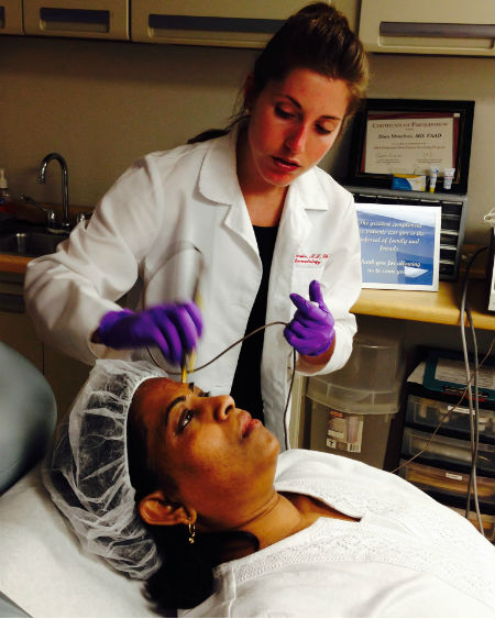 Aglow Dermatology physician assistant giving a Pelleve facial treatment.