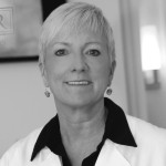 MEET DR. KATHY RUMER: MAIN LINE PLASTIC SURGEON