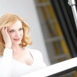 CHRISTINA HENDRICKS GOES BLONDE AS CLAIROL'S NICE 'N EASY AMBASSADOR